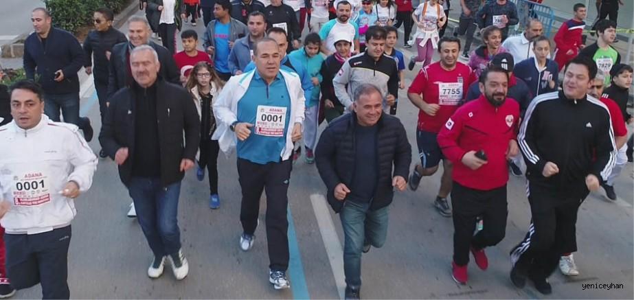 Adana'da Kurtuluş Yarı Maratonu heyecanı