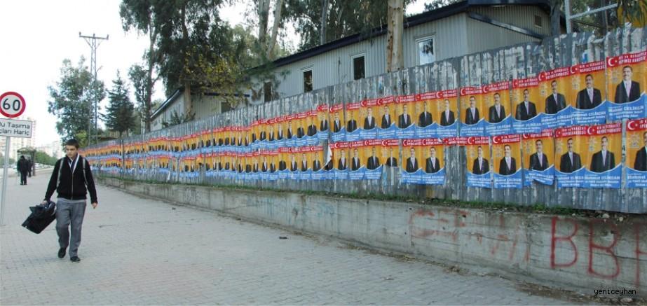 Adana'da pankart ve afiş kirliliğine taviz yok