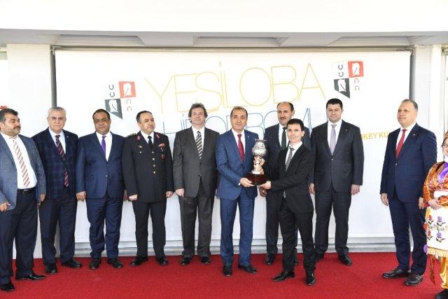 Adana'da Vali Kupası Koşusunu
