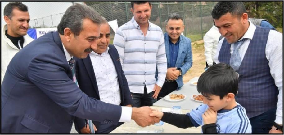 Çukurova Demirspor'un 7'nci kuruluş yıldönümünü kutlamasına katıldı