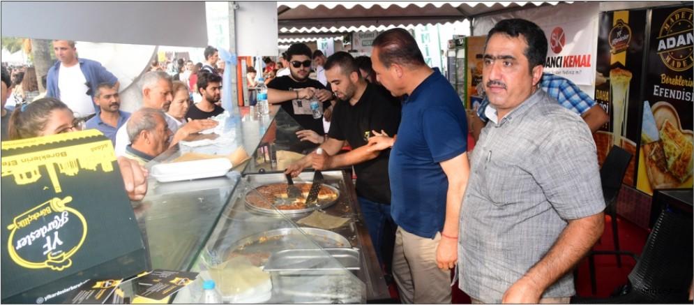 Lezzet Festivali'nde Başkan Sözlü'ye sevgi seli