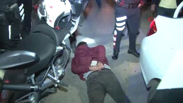 Polisten Kaçan Sürücü 'Kimyon' Savurup Motorlu Timlerden Kurtulmak İstedi